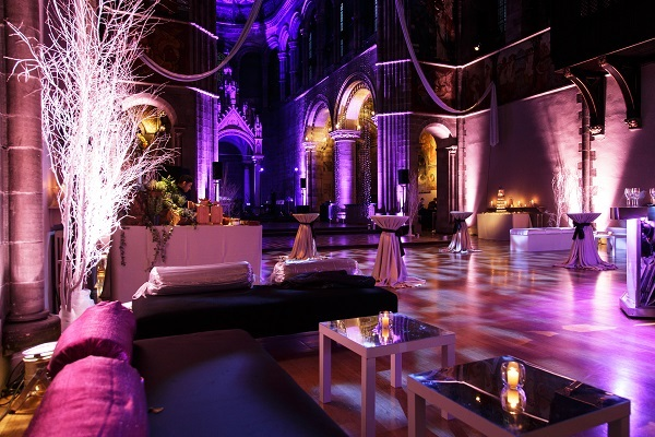 How To Choose A Perfect Venue For Corporate Events And Meetings?