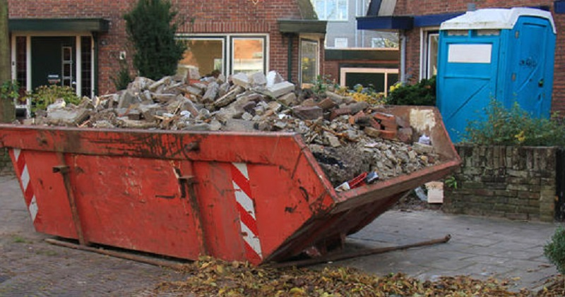 How to dispose of bricks, soil and rubble safely?