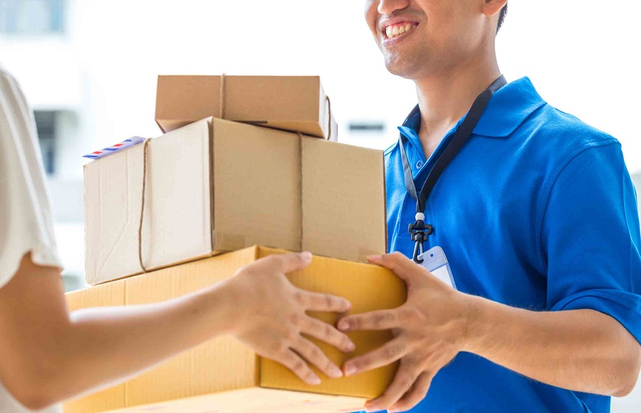 Send parcels to America: What to look for in an Overseas Parcel Delivery Service?