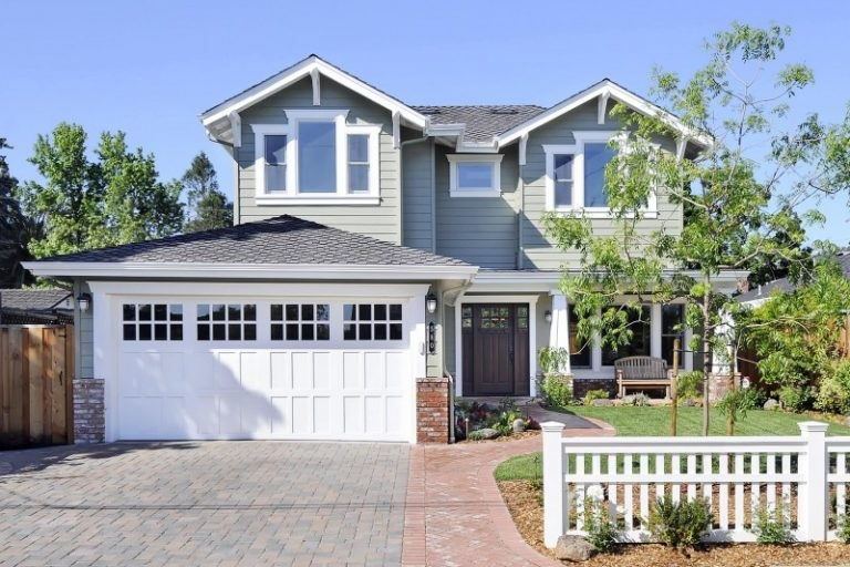 Fix Your Garage Door to Improve Overall Appearance of Your Home